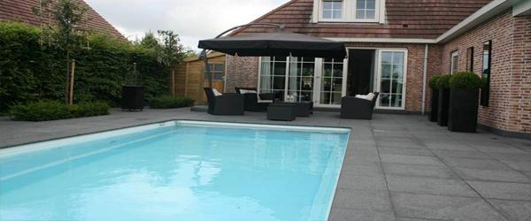 Zwembaden corne de bont hoveniers for Polyester zwembad plaatsen