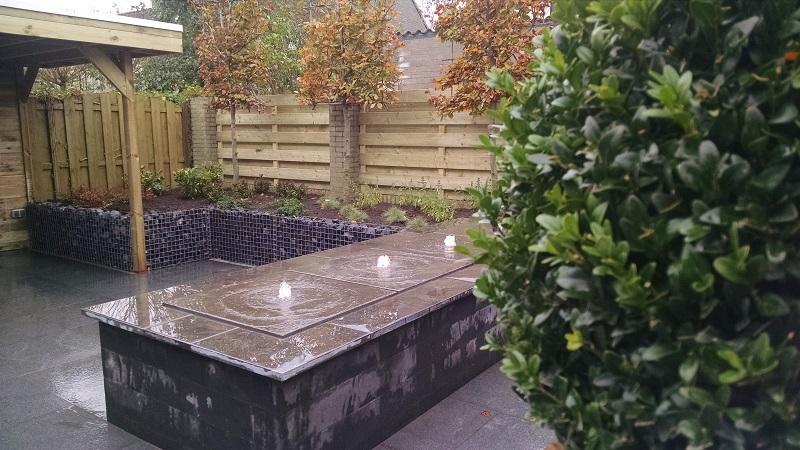 Houten Afscheiding Tuin : Renovatie tuin etten leur houten overkapping schanskorven
