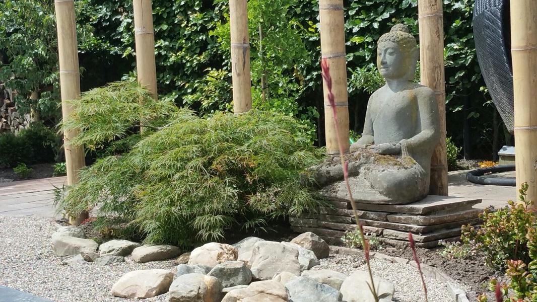 Tuin Houten Palen : D corne de bont hoveniers japanse tuin roosendaal bamboe palen